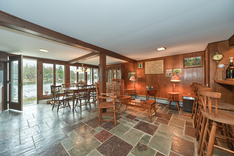 Additional photo for property listing at 126 Demarest Road  Bloomingdale, Nueva Jersey 07403 Estados Unidos