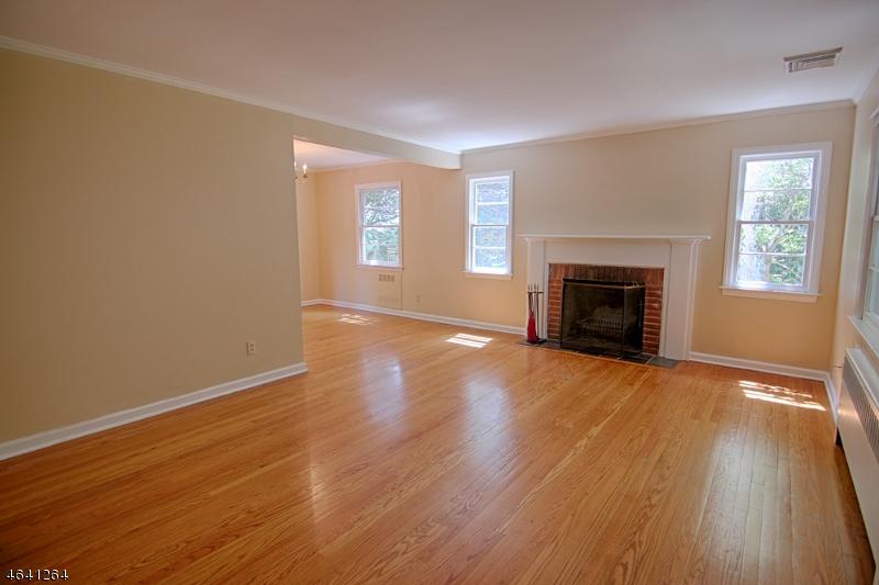 Additional photo for property listing at 54 Hull Road  Bernardsville, Нью-Джерси 07924 Соединенные Штаты