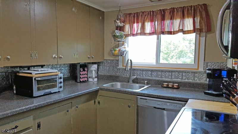 Additional photo for property listing at 132 Glenside Trail  斯巴达, 新泽西州 07871 美国