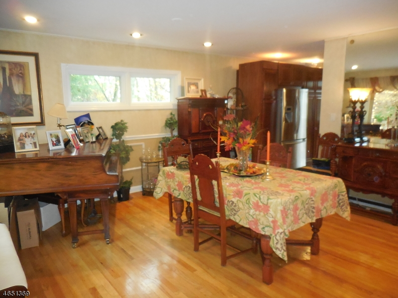 Additional photo for property listing at Address Not Available  Long Hill, Nueva Jersey 07933 Estados Unidos
