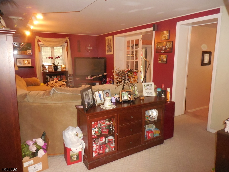 Additional photo for property listing at Address Not Available  Gillette, New Jersey 07933 États-Unis