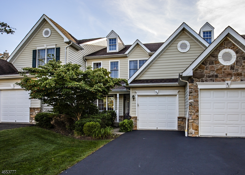 Single Family Home for Sale at 93 Patriot Hill Drive Basking Ridge, New Jersey 07920 United States