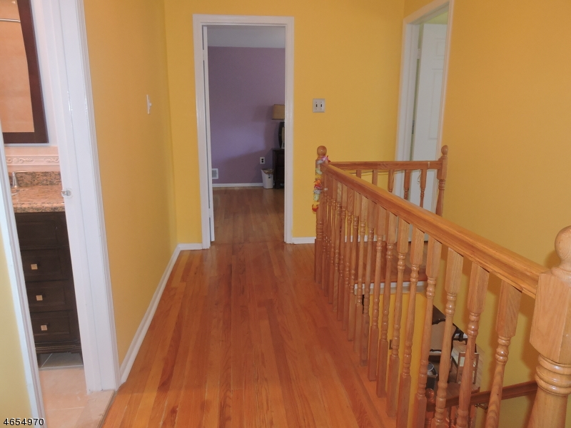 Additional photo for property listing at 65 Shannon Road  Bridgewater, Nueva Jersey 08807 Estados Unidos