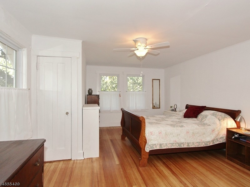 Additional photo for property listing at 8 Saville Row  Fanwood, Nueva Jersey 07023 Estados Unidos