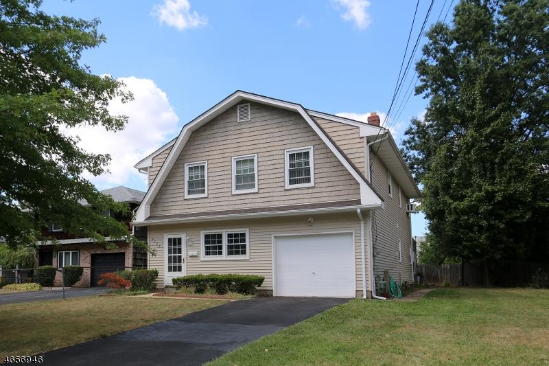 Casa Unifamiliar por un Venta en 2142 Barnett Street Rahway, Nueva Jersey 07065 Estados Unidos