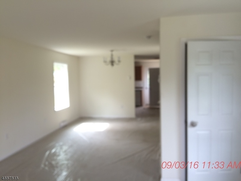 Additional photo for property listing at 1040 ALPHA Street  Phillipsburg, New Jersey 08865 États-Unis