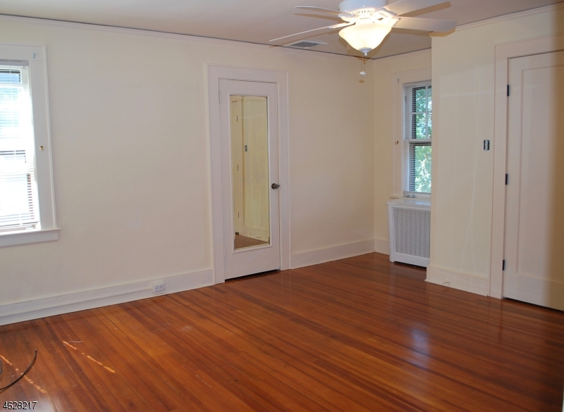 Additional photo for property listing at 46 Parkview Drive  Millburn, Нью-Джерси 07041 Соединенные Штаты