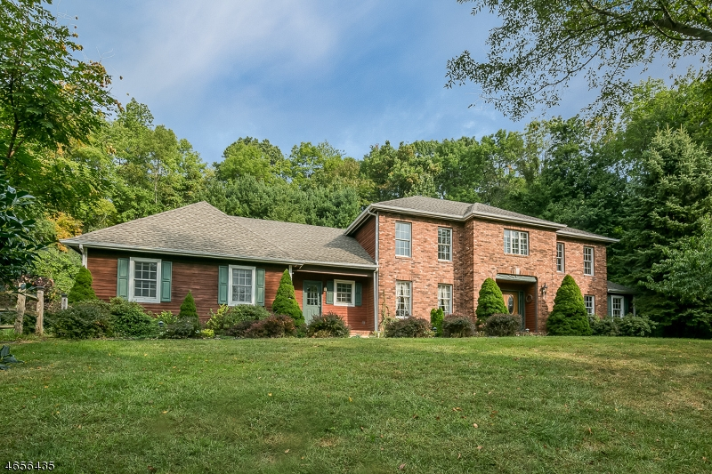 Single Family Home for Sale at 8 Bridge Hollow Road Califon, New Jersey 07830 United States