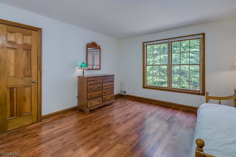 Additional photo for property listing at 8 Bridge Hollow Road  Califon, New Jersey 07830 United States