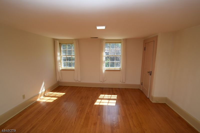 Additional photo for property listing at 51 Mountain Avenue  Warren, Nueva Jersey 07059 Estados Unidos