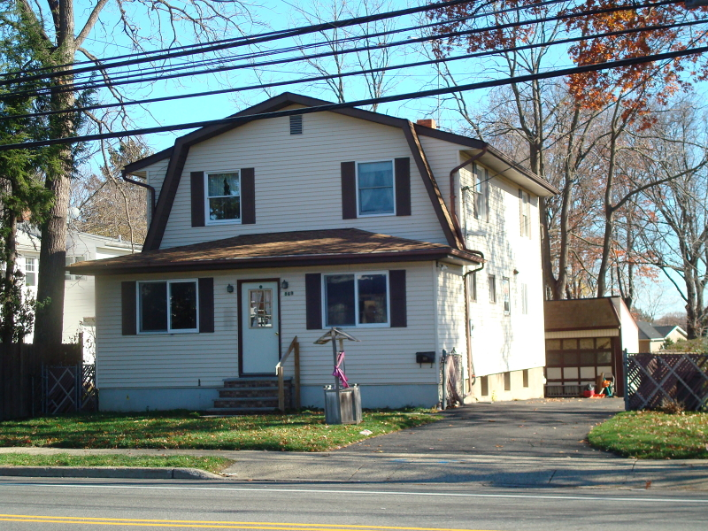 Single Family Home for Sale at 869 Lincoln Avenue Glen Rock, 07452 United States