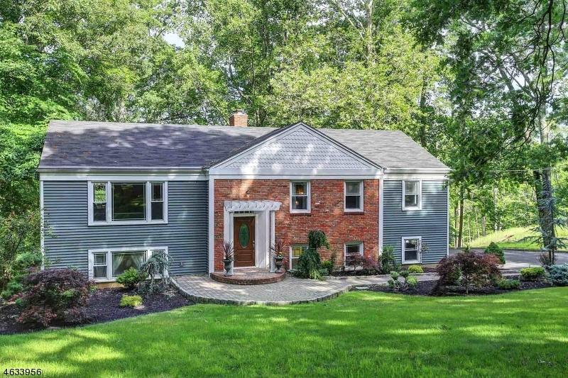 Casa Unifamiliar por un Alquiler en 11 Hunters Trail Warren, Nueva Jersey 07059 Estados Unidos