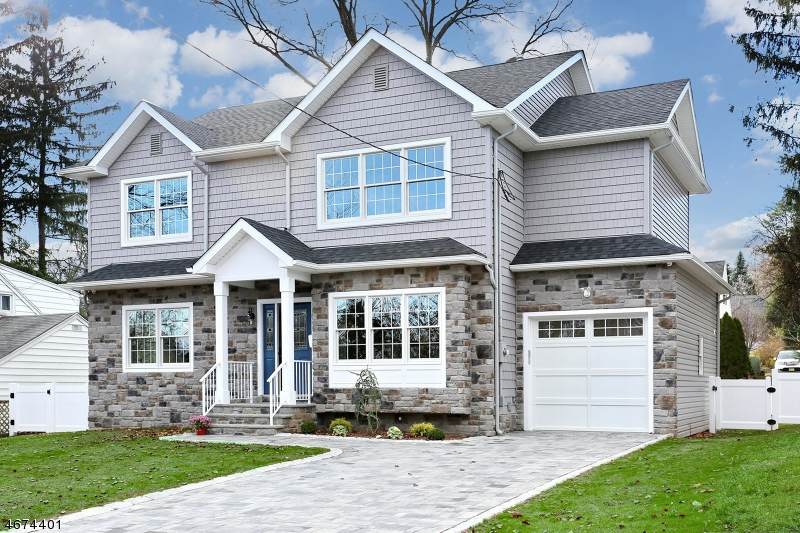 Частный односемейный дом для того Продажа на 174 Midwood Road Glen Rock, 07452 Соединенные Штаты