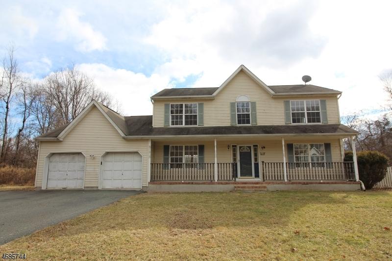 独户住宅 为 销售 在 11 Pembrook Court Great Meadows, 新泽西州 07838 美国