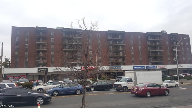 Частный односемейный дом для того Аренда на 10 N Wood Ave, UNIT 616 Linden, Нью-Джерси 07036 Соединенные Штаты