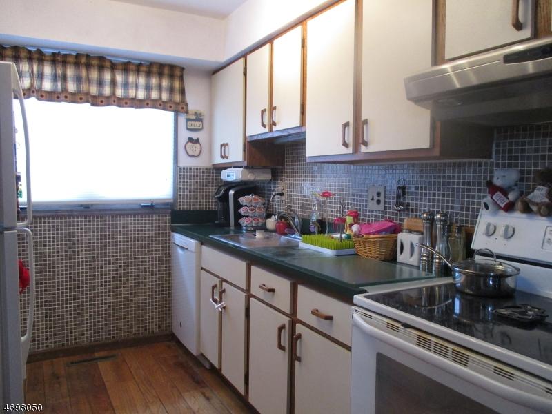 Частный односемейный дом для того Аренда на 6 Village Way, UNIT 1 Vernon, Нью-Джерси 07462 Соединенные Штаты