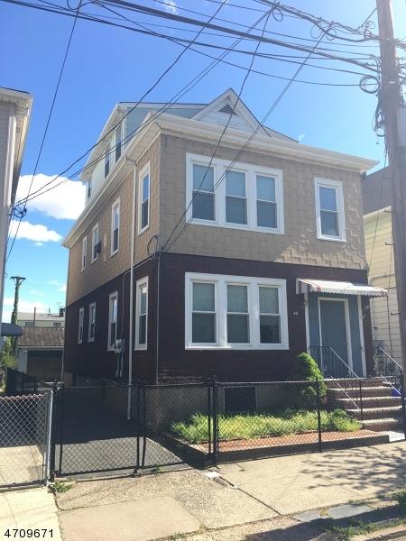 Многосемейный дом для того Продажа на 46 DIVISION Avenue Garfield, Нью-Джерси 07026 Соединенные Штаты