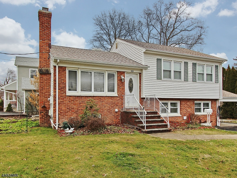 Single Family Home for Rent at 806 Grant Avenue Westfield, New Jersey 07090 United States