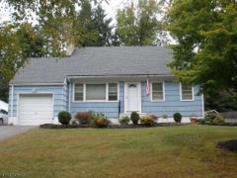 Casa Unifamiliar por un Alquiler en 14 Wynding Way Rockaway, Nueva Jersey 07866 Estados Unidos