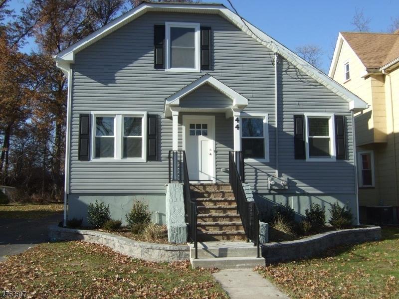 Casa Unifamiliar por un Alquiler en 44 Johnson Avenue Cranford, Nueva Jersey 07016 Estados Unidos