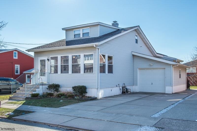 Частный односемейный дом для того Продажа на 56 B Avenue 56 B Avenue Lodi, Нью-Джерси 07644 Соединенные Штаты