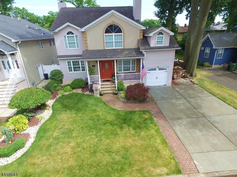 Maison unifamiliale pour l Vente à 59 Rosewood Ter Linden, New Jersey 07036 États-Unis