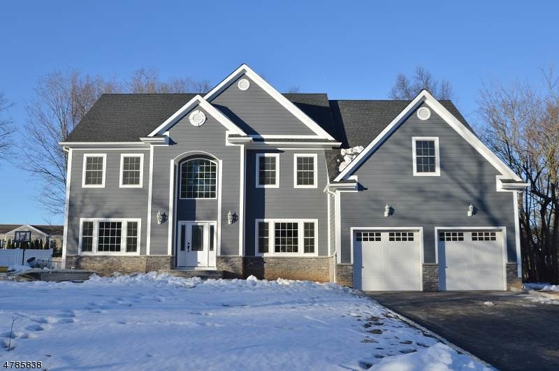 Single Family Home for Sale at 6 Midwood Drive Florham Park, New Jersey 07932 United States