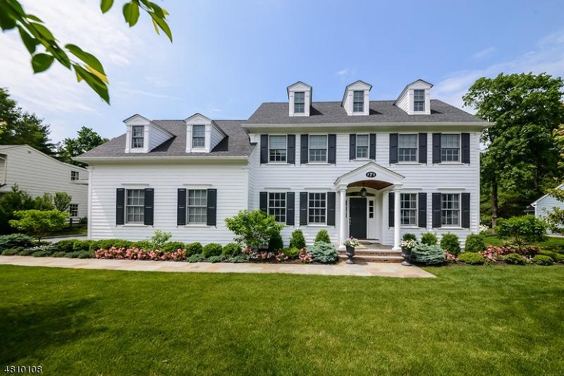 獨棟家庭住宅 為 出售 在 7 WHITMAN Drive Chatham, 新澤西州 07928 美國