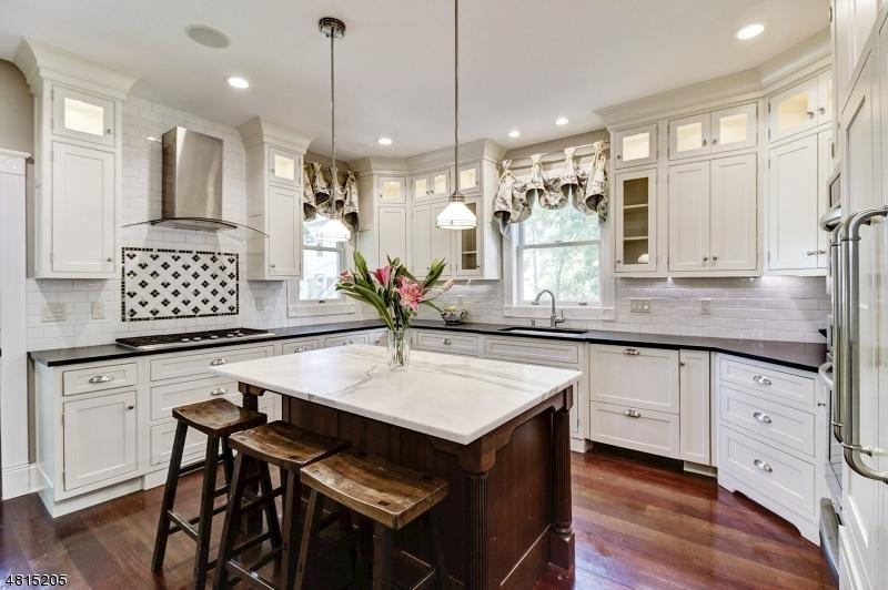 Casa Unifamiliar por un Venta en 7 PERRY Street Morristown, Nueva Jersey 07960 Estados Unidos