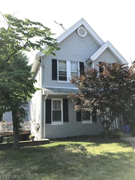 Maison unifamiliale pour l à louer à 503 VALLEY Street Maplewood, New Jersey 07040 États-Unis