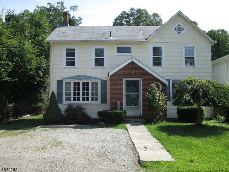 Eensgezinswoning voor Verkoop op 92 GLENWILD Avenue Bloomingdale, New Jersey 07403 Verenigde Staten
