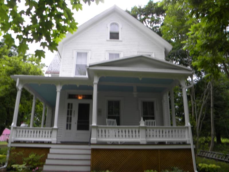 Maison unifamiliale pour l Vente à 205 MAIN Street Andover, New Jersey 07821 États-Unis
