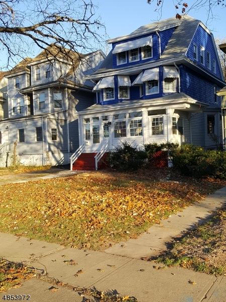 Villa per Vendita alle ore 72 N ORATON PKY East Orange, New Jersey 07017 Stati Uniti