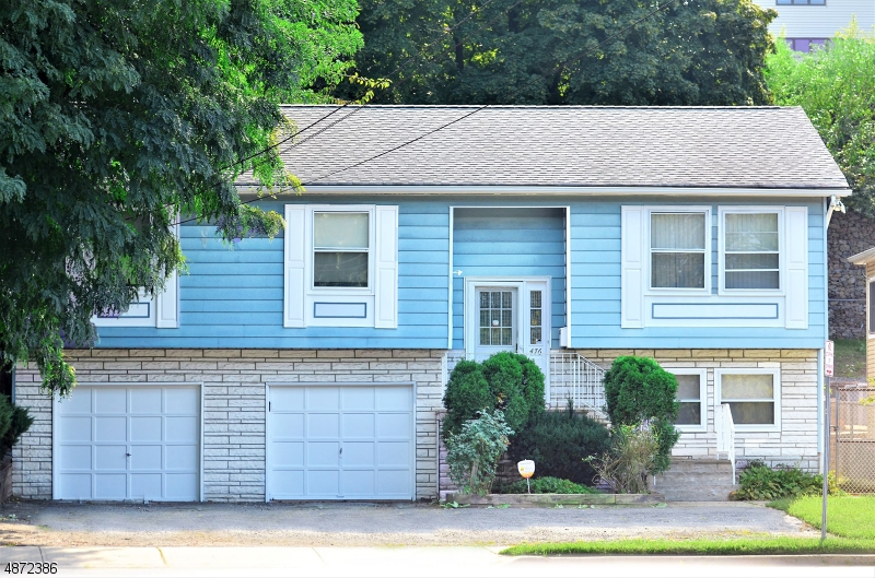 Single Family Home for Sale at 476 PASSAIC Avenue Kearny, New Jersey 07032 United States