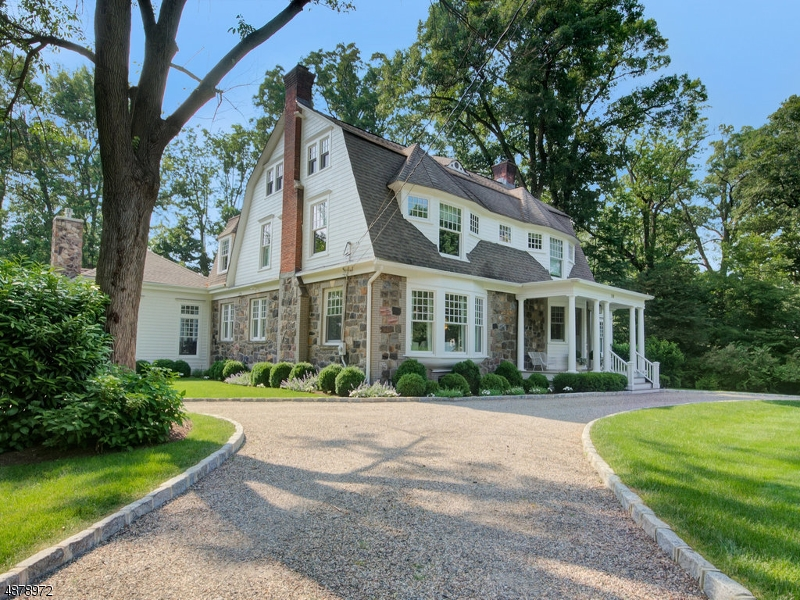 Single Family Home for Sale at 28 HILL CREST AVE 28 HILL CREST AVE Summit, New Jersey 07901 United States