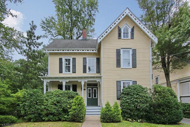 Maison unifamiliale pour l à louer à 18 PROSPECT Street Summit, New Jersey 07901 États-Unis