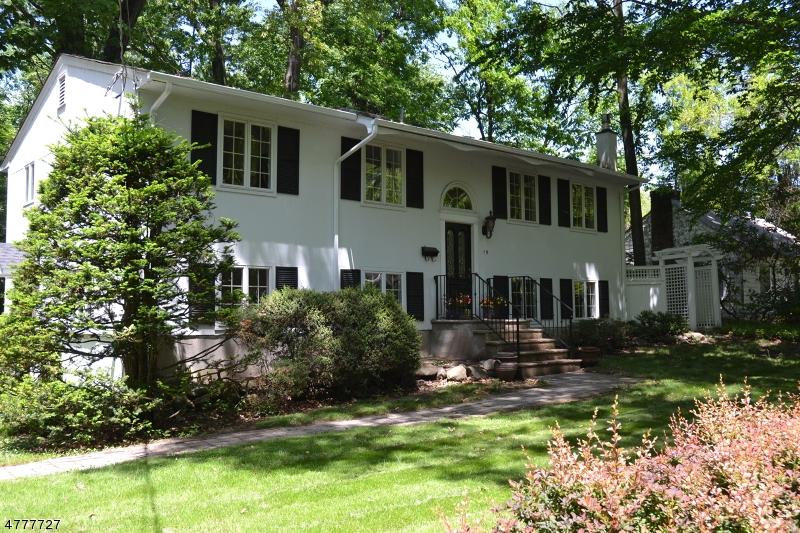 Property vì Bán tại Mountain Lakes, New Jersey 07046 Hoa Kỳ