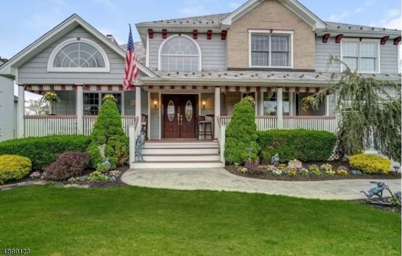 Single Family Home for Sale at East Hanover, New Jersey 07936 United States