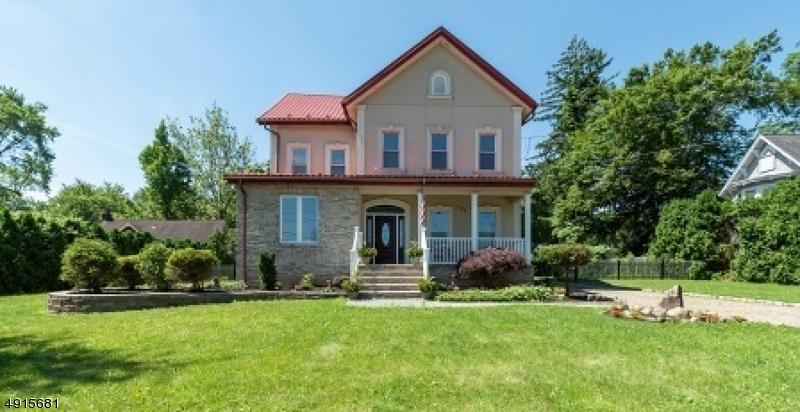 Single Family Homes für Verkauf beim East Hanover, New Jersey 07936 Vereinigte Staaten