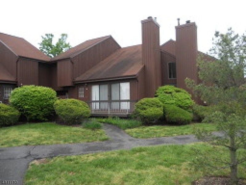 マンション / タウンハウス のために 売買 アット Hillsborough, ニュージャージー 08844 アメリカ
