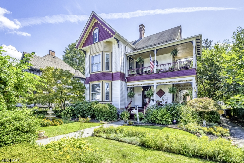 Single Family Homes for Sale at Belvidere, New Jersey 07823 United States