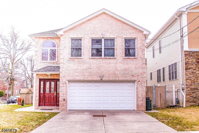 Multi-Family Homes per Vendita alle ore Union Township, New Jersey 07083 Stati Uniti