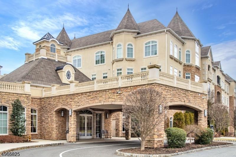 Condo / Townhouse için Satış at West Orange, New Jersey 07052 Amerika Birleşik Devletleri