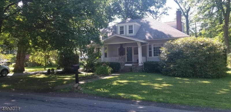 Single Family Homes 为 销售 在 Mount Olive, 新泽西州 07828 美国