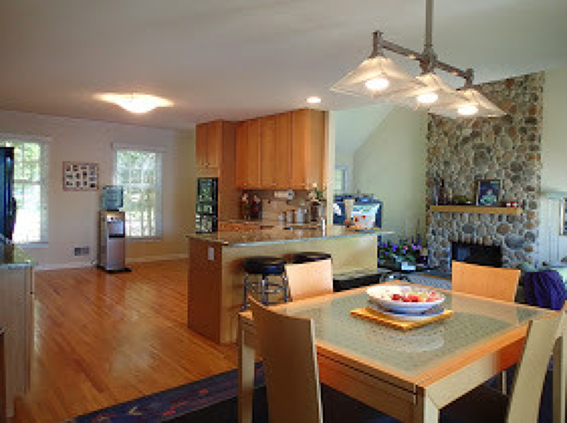 Additional photo for property listing at 54 Chincopee Road  Lake Hopatcong, Нью-Джерси 07849 Соединенные Штаты