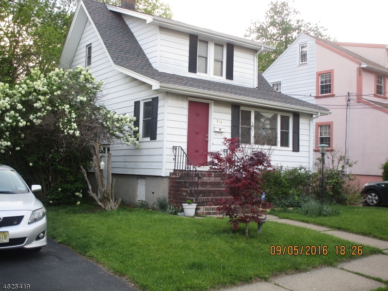Additional photo for property listing at 314 Placeeasant Place  Teaneck, Nueva Jersey 07666 Estados Unidos