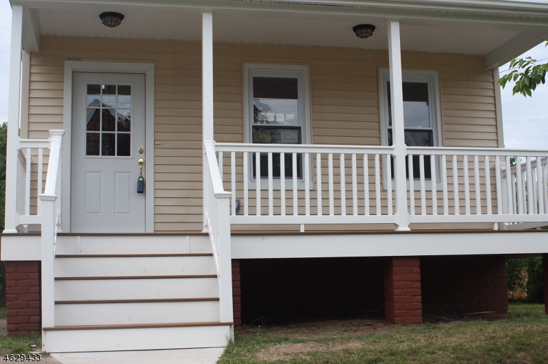Additional photo for property listing at 9 E Liberty Street  Bloomfield, Nueva Jersey 07003 Estados Unidos