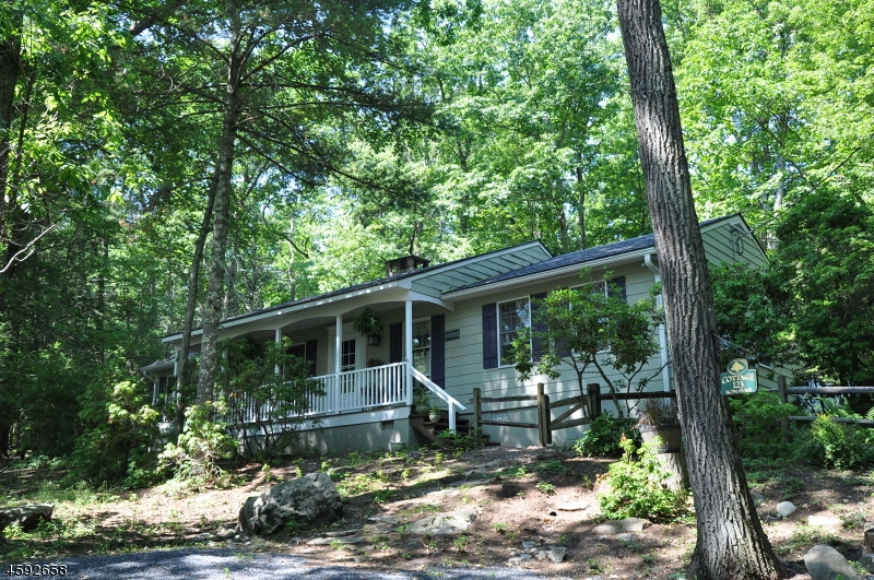 Additional photo for property listing at 115 Sweet Fern Road  Stroudsburg, Pennsylvania 18360 Estados Unidos