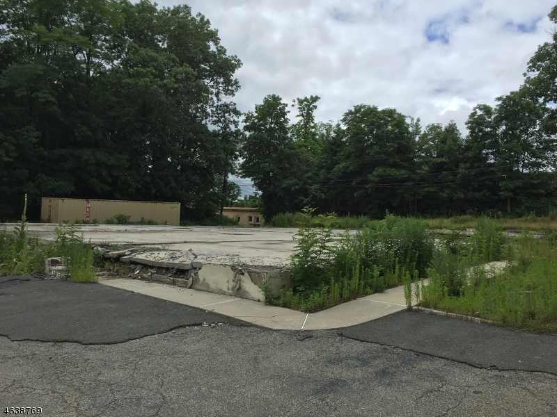 Land for Sale at 171 Oak Ridge Road West Milford, New Jersey 07438 United States