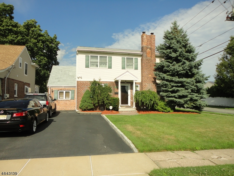 Single Family Home for Sale at Address Not Available Saddle Brook, 07663 United States